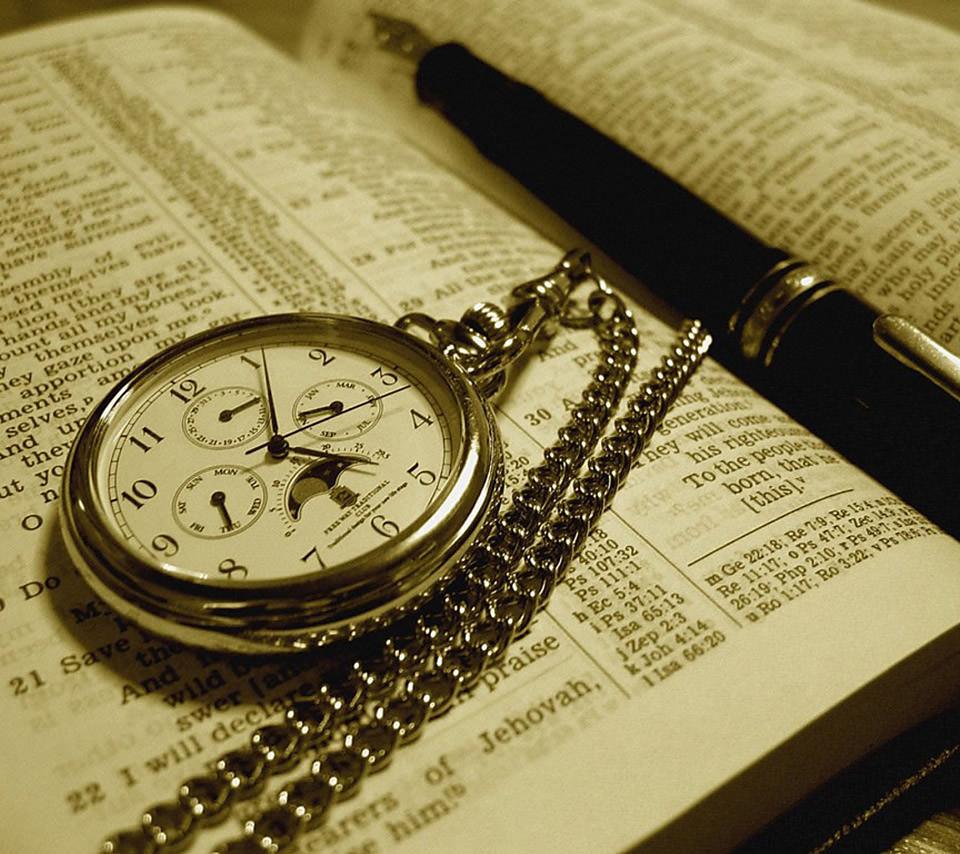懐中時計のスマホ壁紙