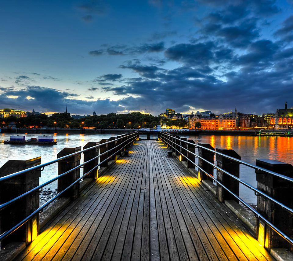 桟橋の夜明けの壁紙(Android用/960×854)