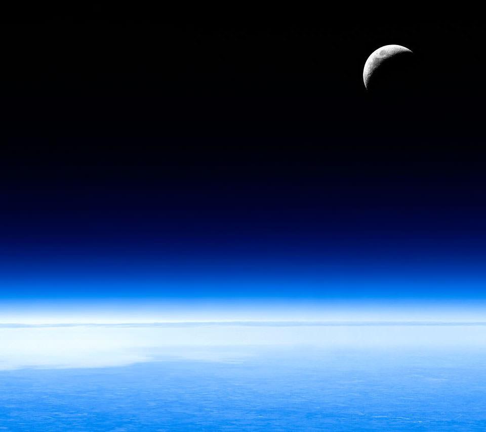 地球と月 Androidスマホ用壁紙