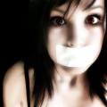 赤い目の少女 Androidスマホ壁紙