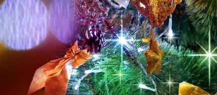綺麗なクリスマスツリー iPhone5 スマホ用壁紙