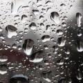クリアーな水滴のついたガラス iPhone5 スマホ用壁紙