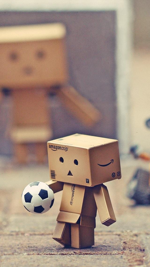 サッカーするダンボー iPhone5 スマホ用壁紙