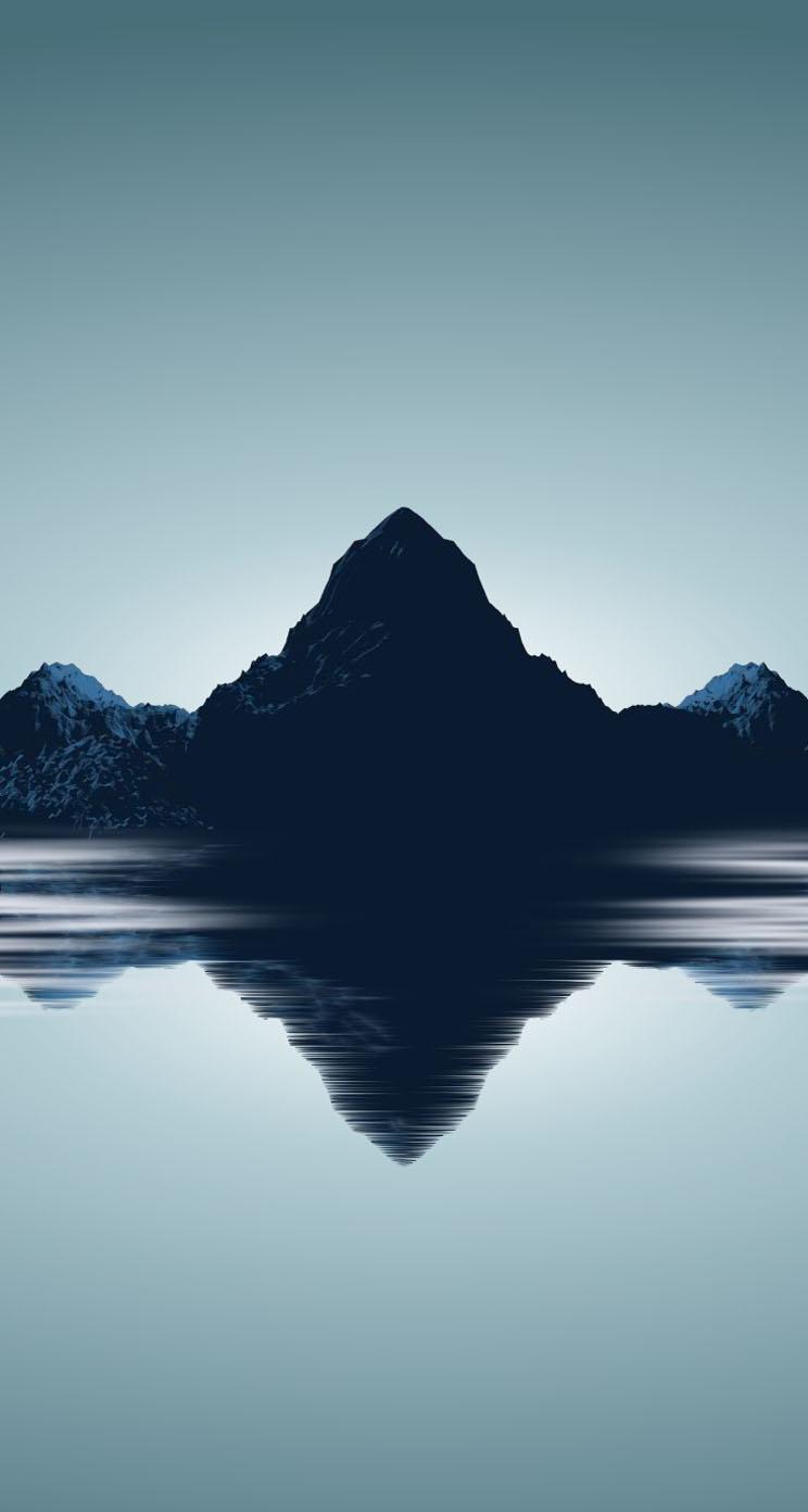 水面に映る峰 iPhone6壁紙
