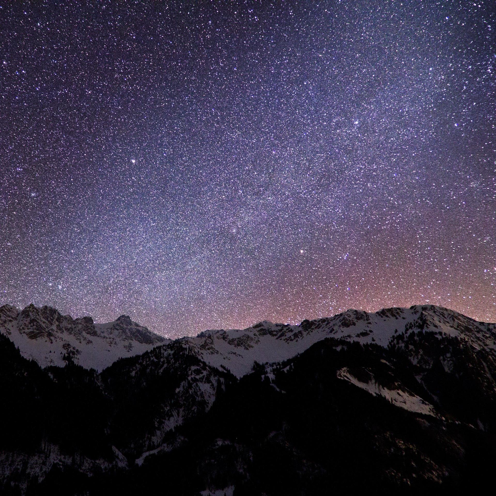 満天の空と山 Android壁紙