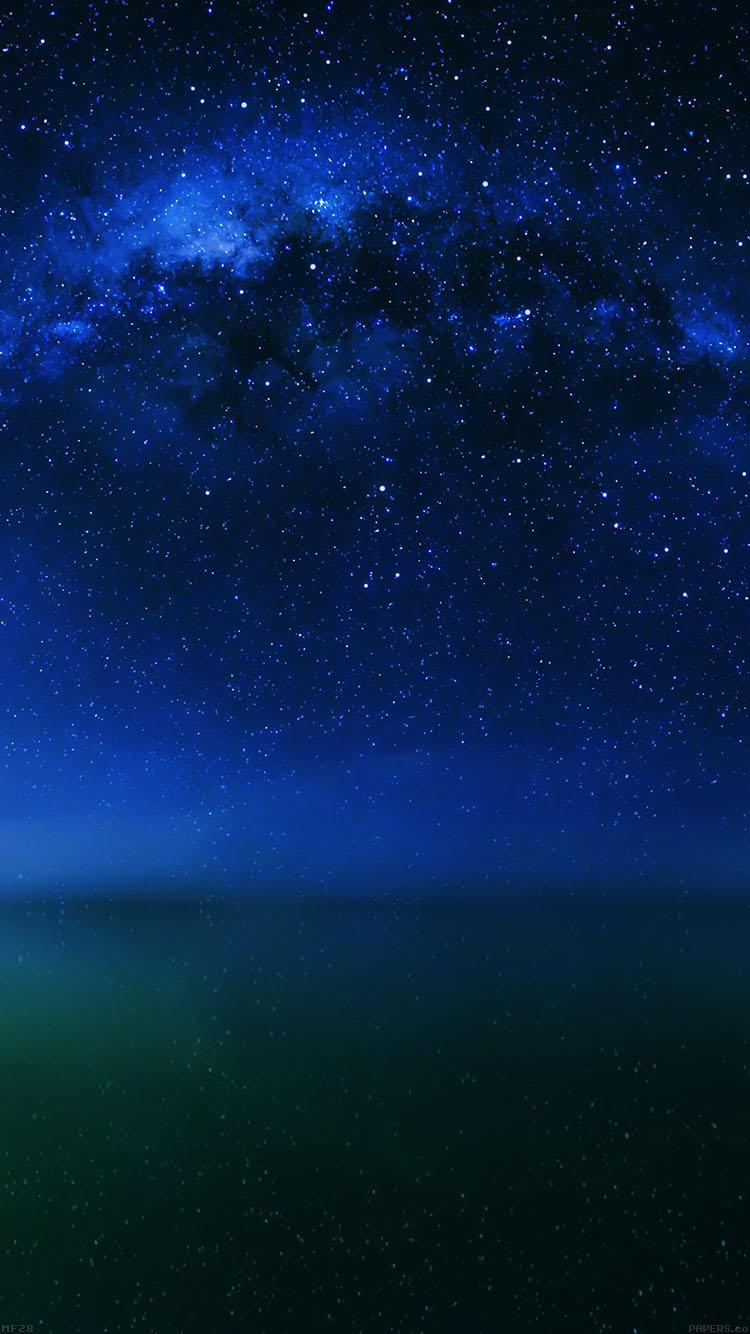 銀河と水面 iPhone6壁紙