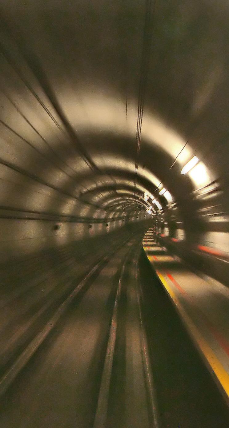 地下鉄 iPhone6壁紙