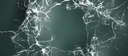 壊れたガラス 破壊 iPhone6壁紙