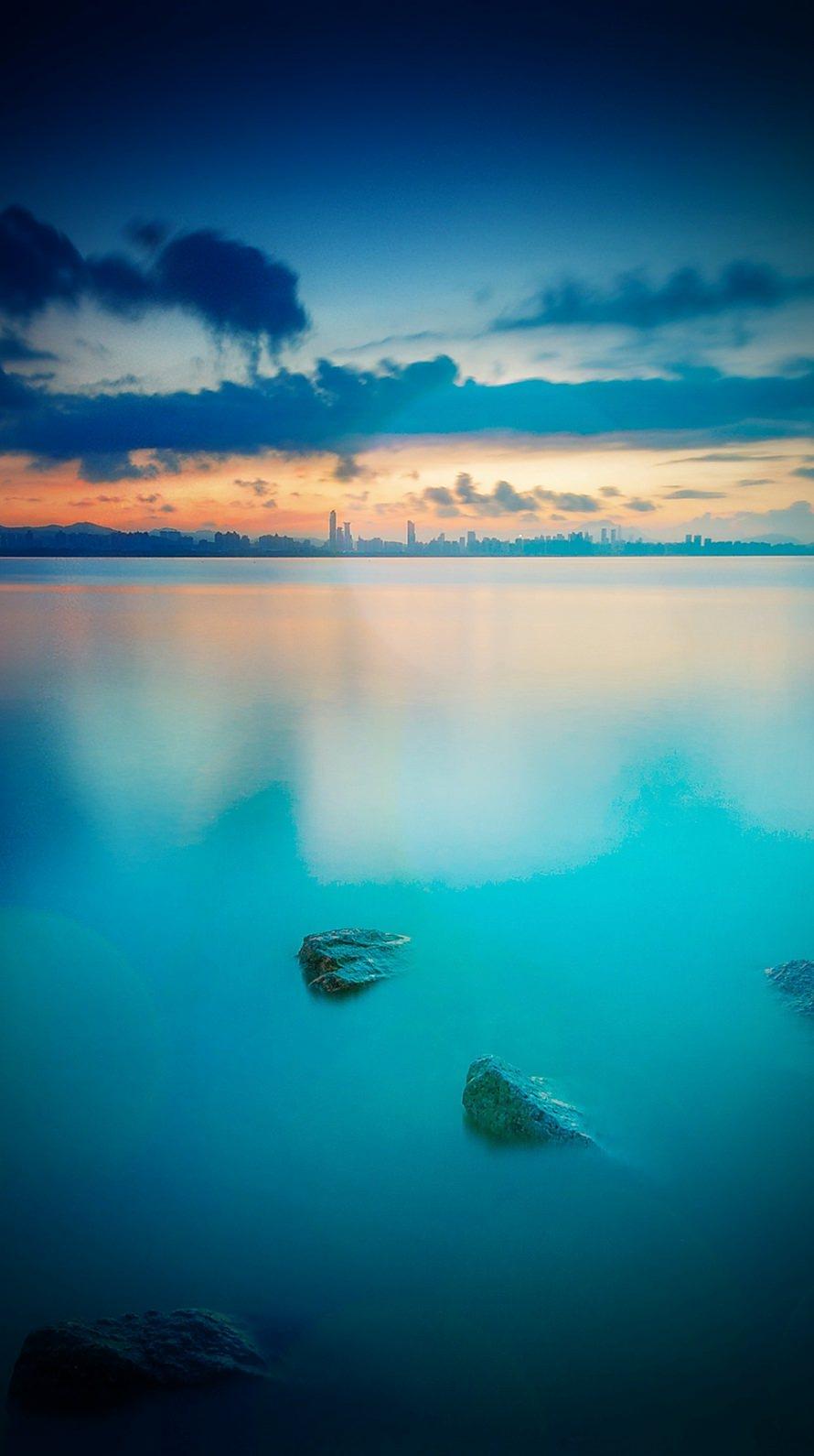 静寂の青い風景 iPhone6壁紙