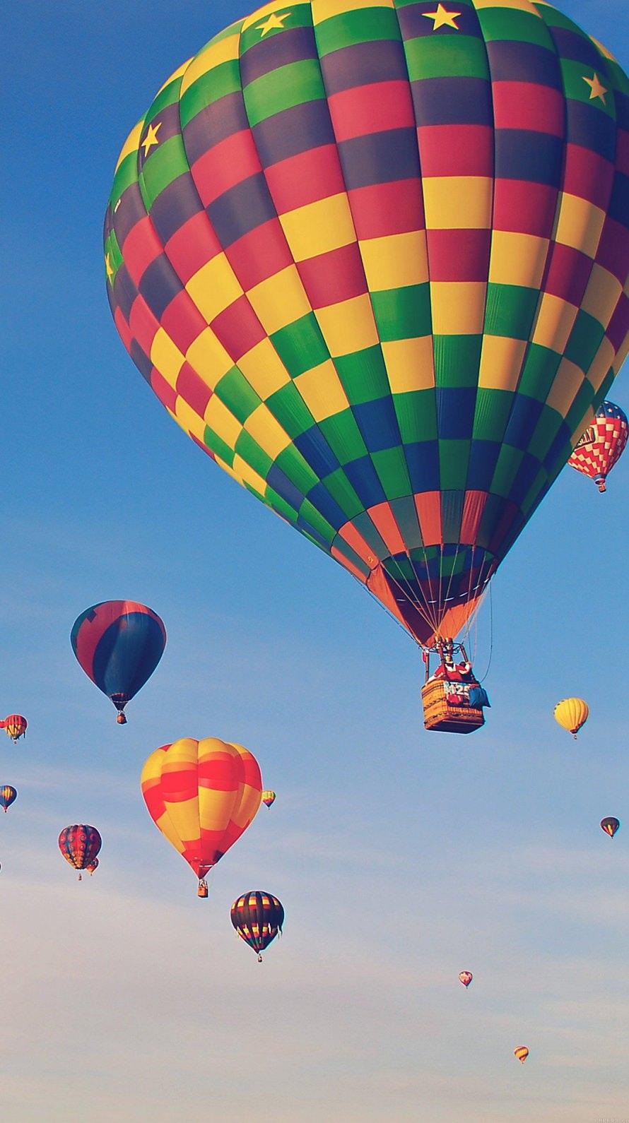 カラフルな気球 iPhone6壁紙