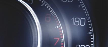車のスピードメーター iPhone6壁紙