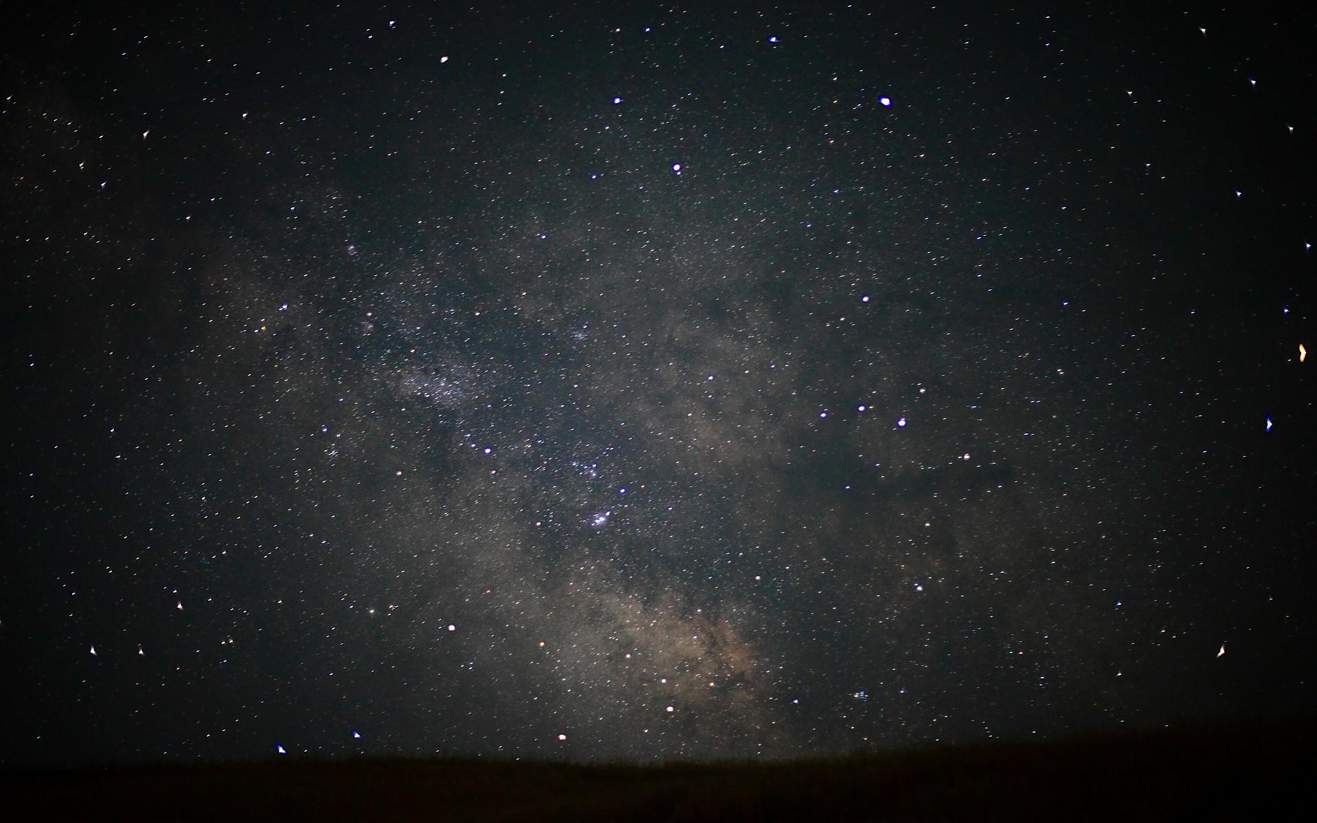 銀河が美しい宇宙画像