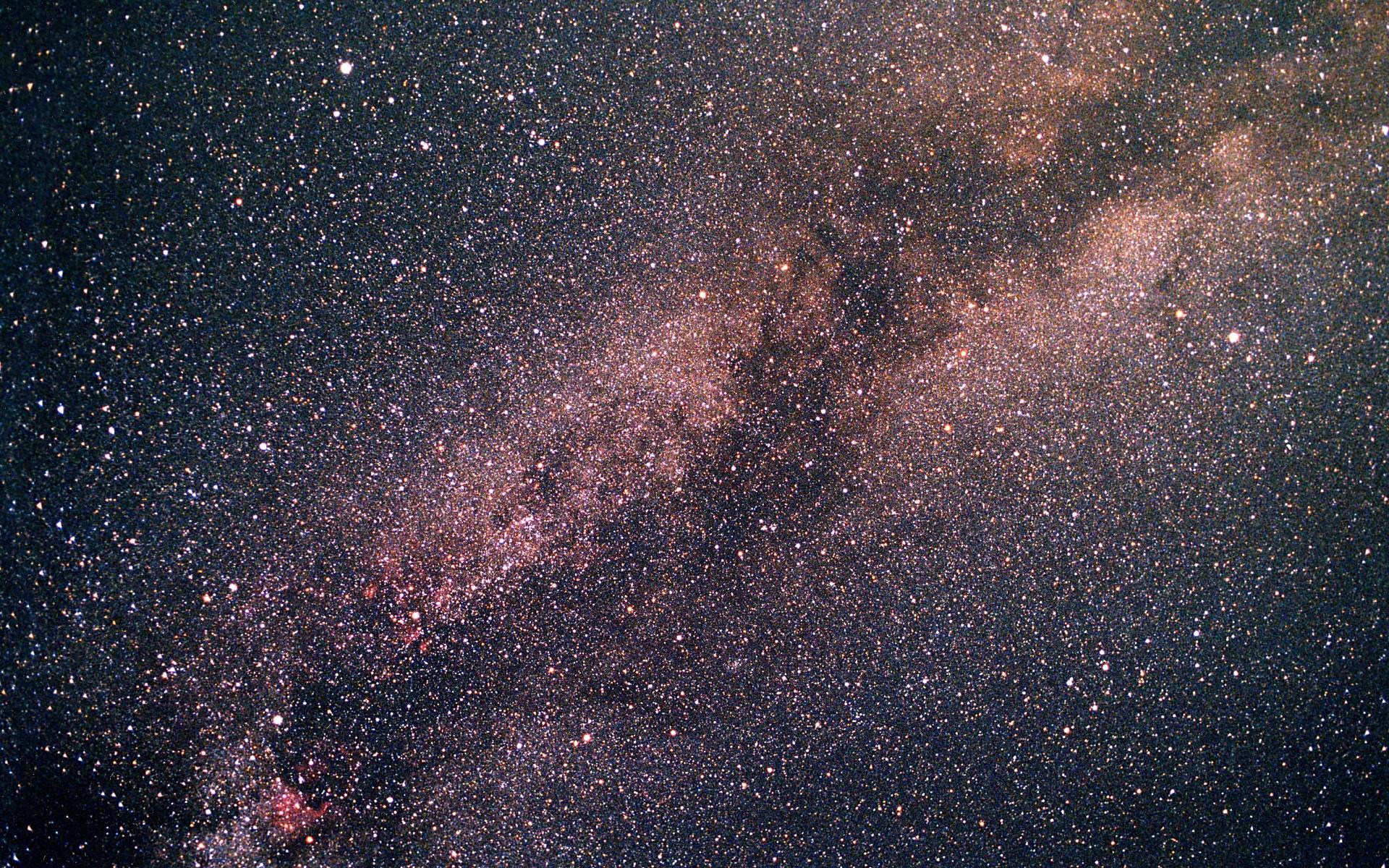 輝く銀河の宇宙画像