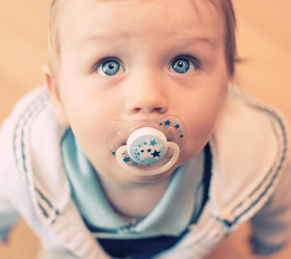 かわいい赤ちゃん Androidスマホ用壁紙 Wallpaperbox