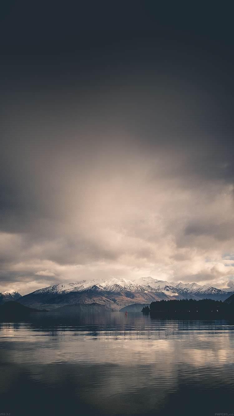 曇天空模様の景色 Iphone6 壁紙 Wallpaperbox