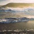 連なる波 iPhone6壁紙
